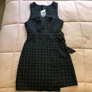 NWT F21 GRID DRESS (S)